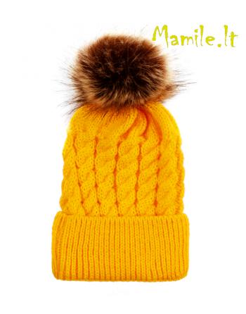 """Geltonos kepurės su kailiniais bumbulais """"ORANGEADE""""."""