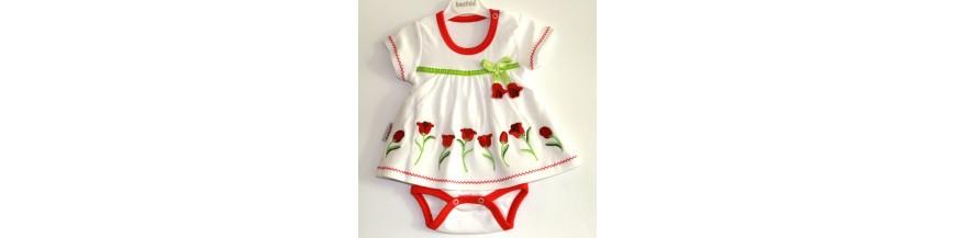 Nauji stilingi, išskirtiniai ir vienetiniai smėlinukai ir bodžiukai kūdikiams iki 1 metukų